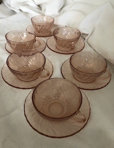 6 tasses et soucoupes Rosaline, Arcoroc