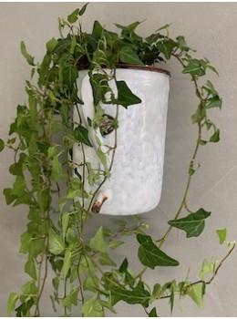 Ancien pot à lavement émaillé