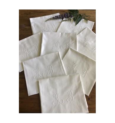 8 serviettes de table, monogramme