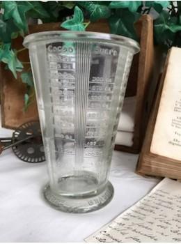 Ancien verre gradué Mougin