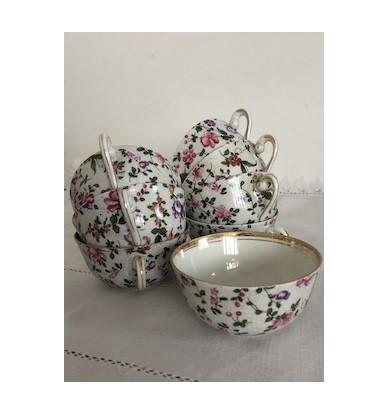 8 tasses motifs fleuris, porcelaine FD Chauvigny